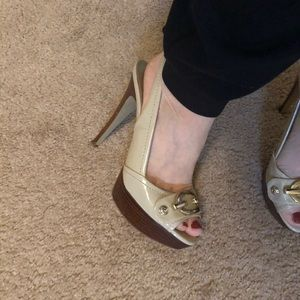 Guess nude colored dress platform heel